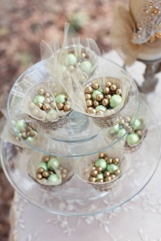 Gold and Green nibble favors