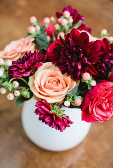 Peach and Cranberry Centerpiece – spotted on Style Me Pretty