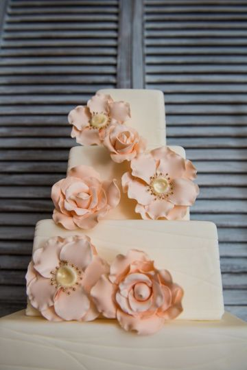 Floral Peach Wedding Cake – seen on The Frosted Petticoat