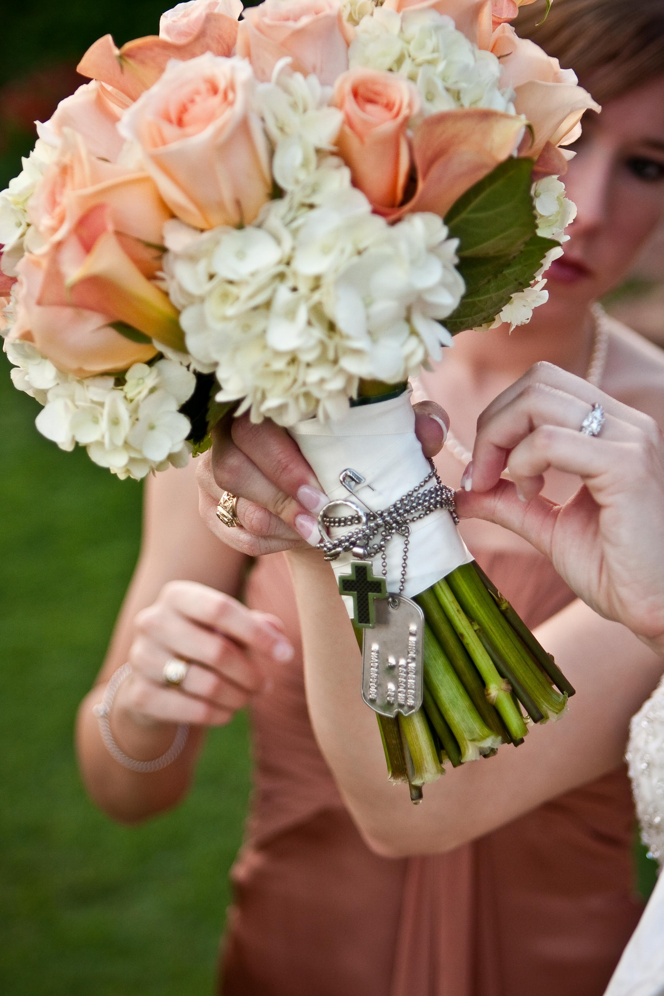 22 Wedding Bouquet Memory Charms Ideas Inspiration Unique