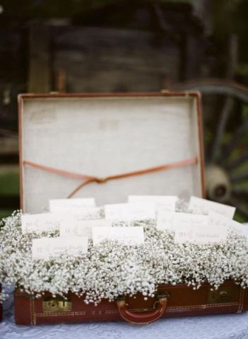 Baby's Breath Escort Card Table Décor