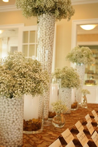 Baby's Breath and Pearls Décor