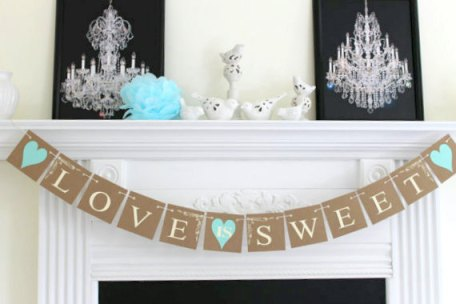 Love Is Sweet Banner – made by DCBannerDesigns on Etsy