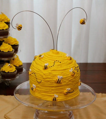 Buzzing Beehive Cake – shared on Sew-In Love blog