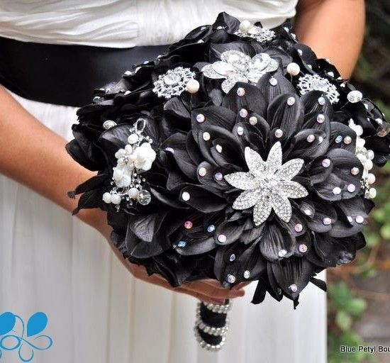 Midnight Star Black Wedding Bouquet – made by Blue Petyl Bouquets