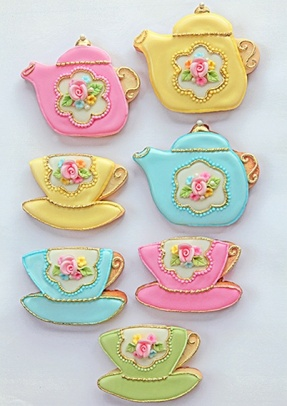 Tea Pot and Cup Cookies – spotted on Pinterest