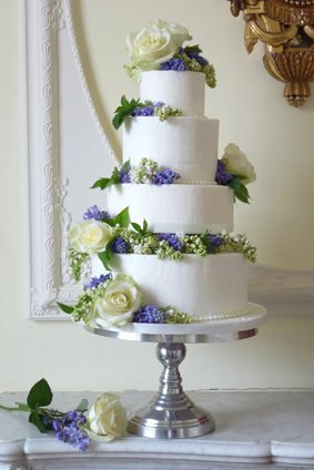 Floral Wedding Cake – made by Rachelle's Beautiful Bespoke Cakes