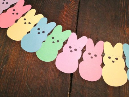 Bunny Peeps Pastel Garland – made by KandKPartCo on Etsy
