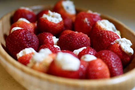 Strawberry Poppers – spotted on Pinterest