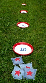 Jean Bean Bag Toss Game – spotted on Pinterest