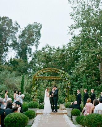 Lush Green Wedding Alter – spotted on Pinterest