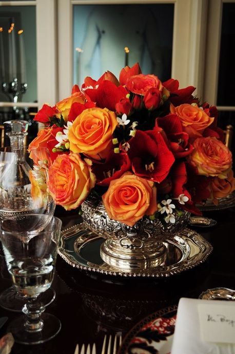 Round Rose Tablescape – shared on Courtney Price