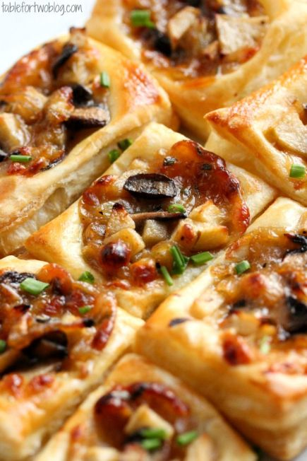 Caramelized Onion, Mushroom, Apple & Gruyere Bites – recipe shared by Table for Two