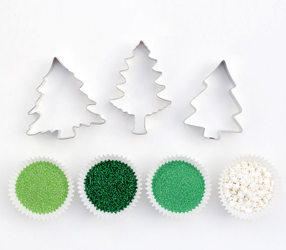 Pine Tree Cookie Decorating Kit – sold by sweetestelle on Etsy