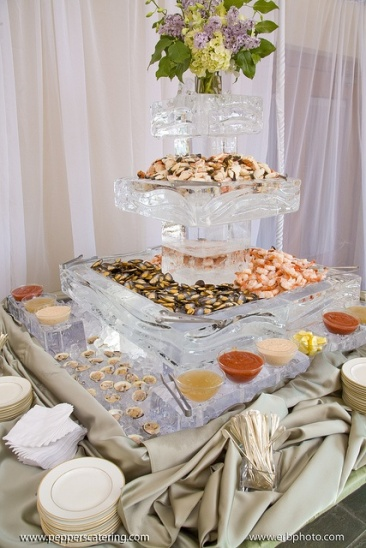 Ice Sculpture and Food Buffet Station – spotted on Pinterest