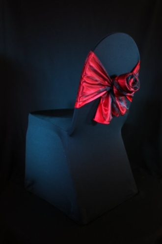 Red Rose Bow – spotted on Pinterest