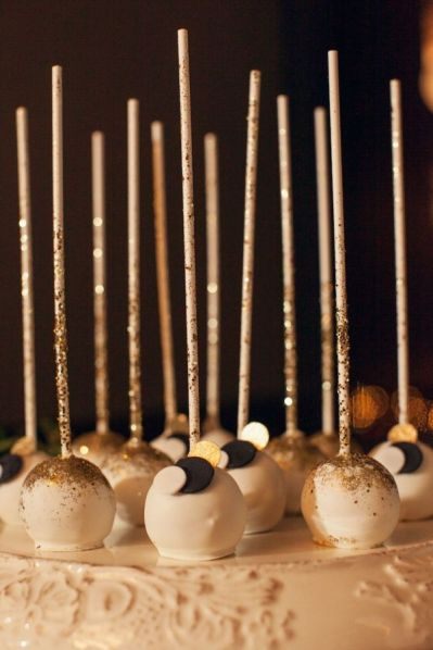 Sequin Cake Pops – shared on Ruffled Blog