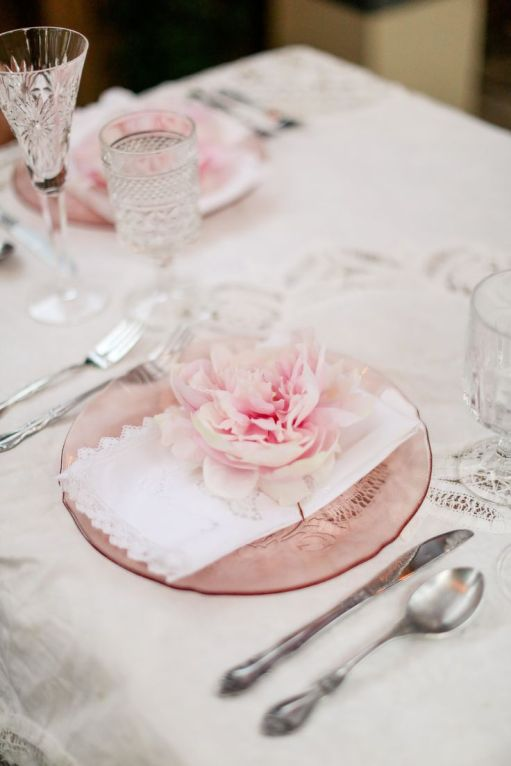 Rose Place Setting – shared on Style Me Pretty