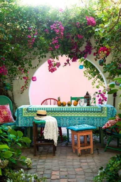 Bohemian Garden Patio – shared on DigsDigs