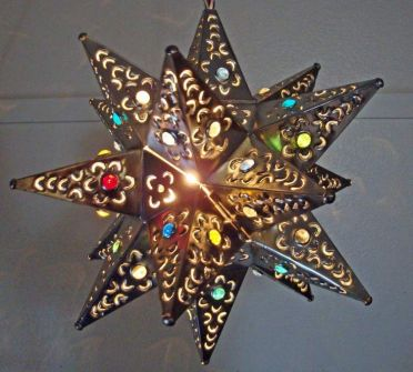 Tin Star Lights – spotted on Pinterest