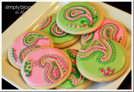 Green and Pink Paisley Cookies – shared on Simply Bloom by Joy McMillan