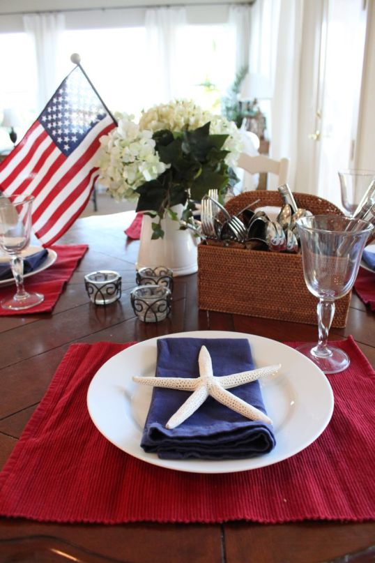 Red, White and Blue Starfish Tablescape – shared by Starfish Cottage