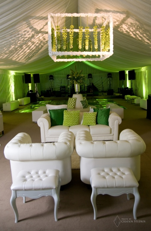 Green and White Lounge – spotted on Pinterest