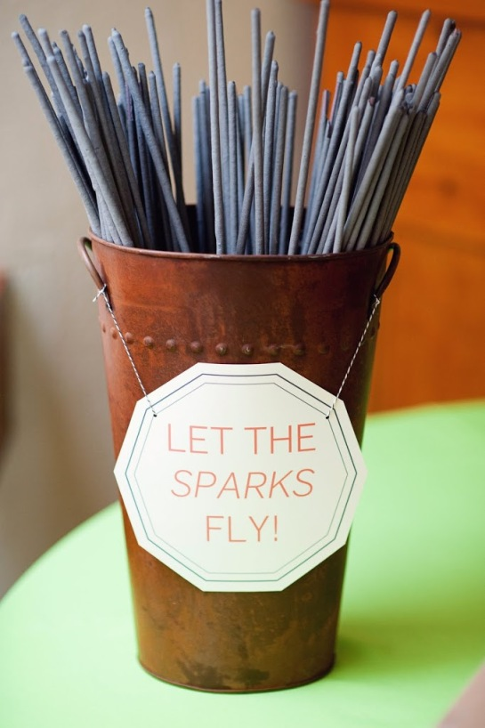 Let the Sparks Fly! Sparkler Holder – shared on Raenovate