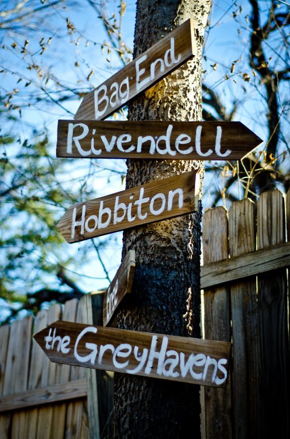 Hobbit Party Yard Sign Décor – shared on Pinterest