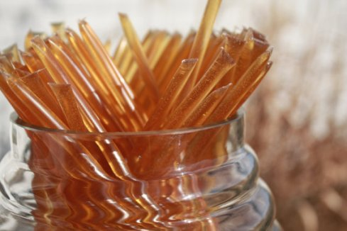 Honey Sticks Wedding Favors – sold by KlineHoneyBeeFarm on Etsy