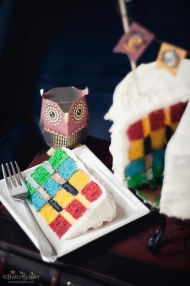 Hogwarts House Colors Checkered Cake – recipe and tutorial shared by Bakingdom