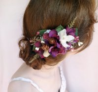 Purple Flower Hair Comb – created and sold by thehoneycomb on Etsy