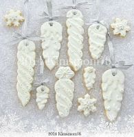 Icicle Ornament Cookies – shared by kimsmom76 on Flickr
