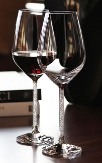 Swarovski Crystalline Red Wine Glasses – available on Swarovski