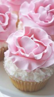 Pink Rose Cupcake – shared by Vesna on Catch My Party