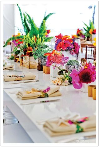 Bold Tropical Inspired Flower Centerpieces – shared by Alchemy Fine Events and Invitations