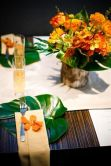 Modern Tropical Place Setting with Leaf and Wood Accent – spotted on Pinterest