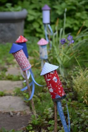 Fabric Rockets for the Garden – shared by HGTV