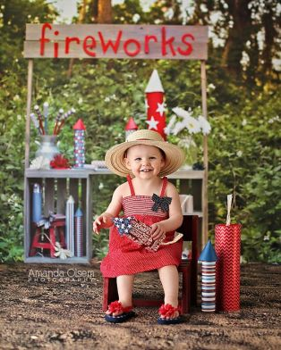 Firework Photo Outdoor Stand Photo backdrop – available on Lemondrop Backdrops