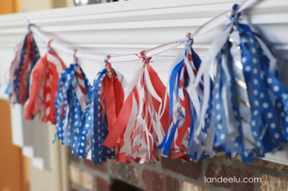 Patriotic Tissue Paper Tassel Garland – tutorial shared by Landeelu