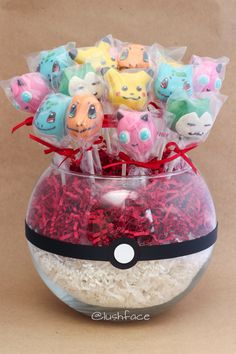 Pokémon Poke Ball Cake Pop Bouquet – spotted on Pinterest