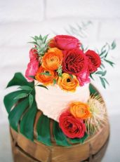 Tropical Cake Display – shared on 100 Layer Cake