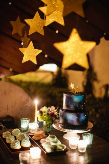 Glitter Star Garland – shared on POPSUGAR