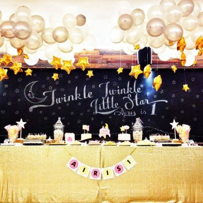 Twinkle Twinkle Little Star Food Display with Chalkboard Backdrop – spotted on Pinterest