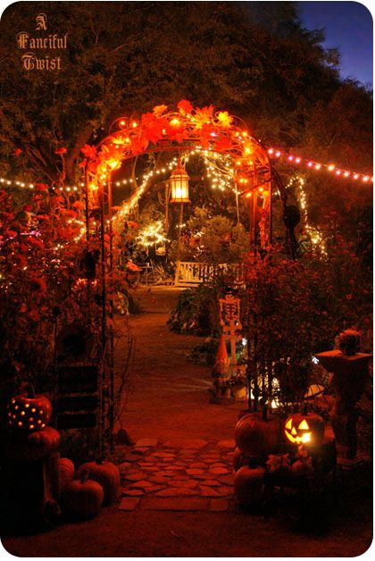 Outdoor Halloween Party Decor – also shared by A Fanciful Twist
