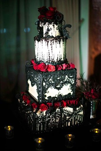 Red Roses and Black Lace Tiered Wedding Cake – shared in a roundup post on Cake Wrecks