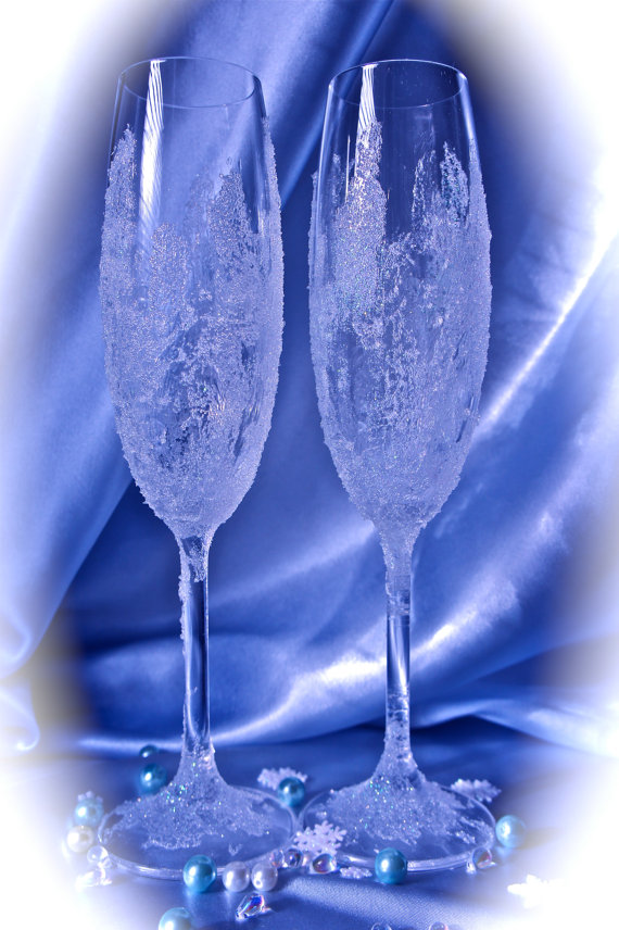 Icy Winter Wonderland Champagne Wedding Glasses – created and sold by Alantida on Etsy