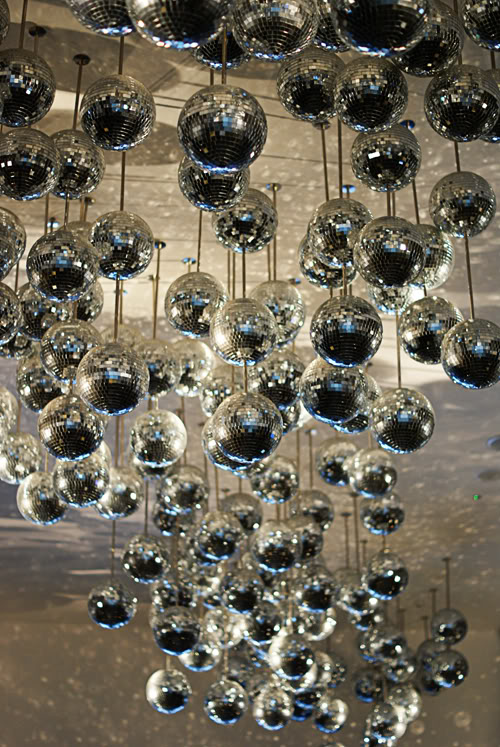 Hanging Disco Ball Installation (would be fantastic as something that hangs over the entrance!) – shared by Lisa Edoff