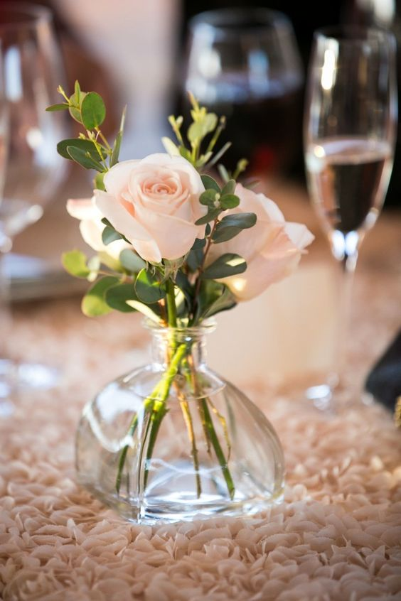 Simple Bud Vase Centerpiece with Blush Pink Roses on Blush Rosette Tablecloth Linen – shared on MODWEDDING